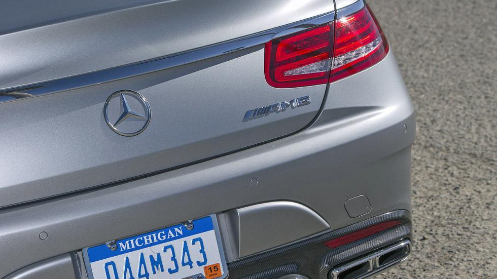 Mercedes S 65 Coupé AMG detalle pilotos