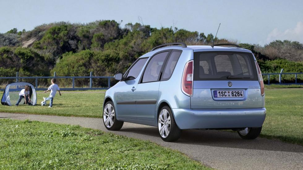 coches baratos y fiables Skoda Roomster zaga