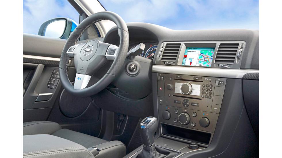Opel Vectra OPC - Interior