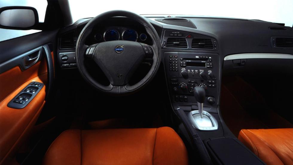Volvo S 60 R - Interior