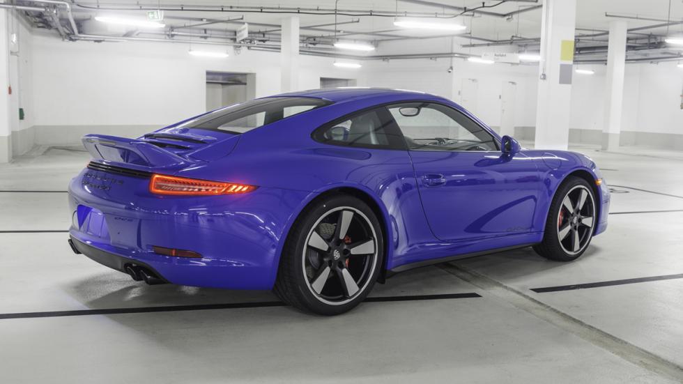 Porsche 911 GTS Club Coupé culo