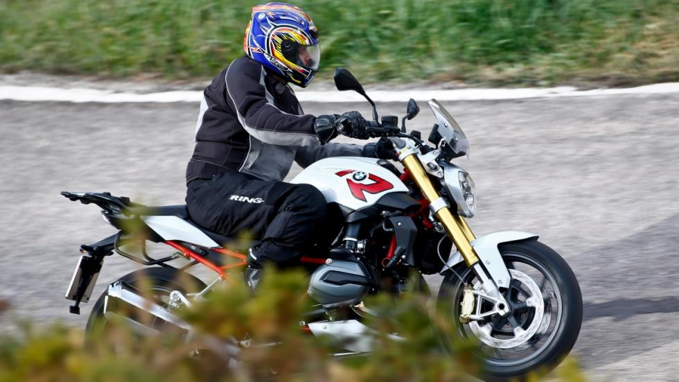 BMW-R1200-R-lateral