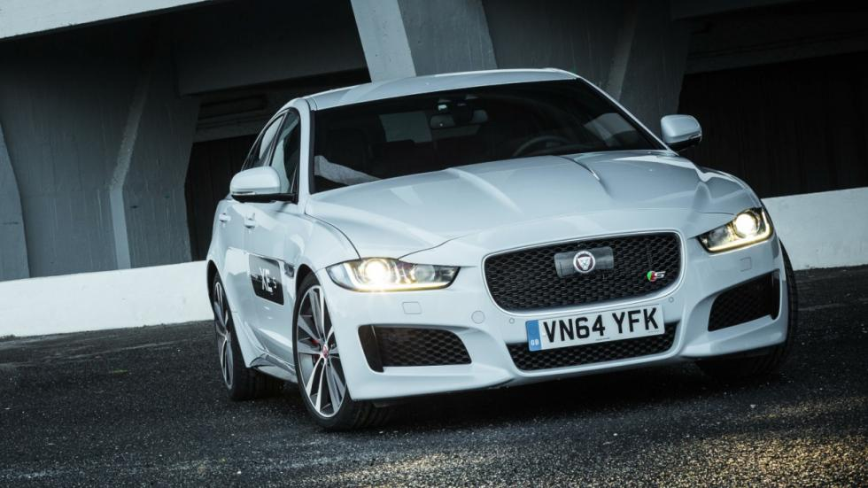 jaguar-xe-frontal-model S