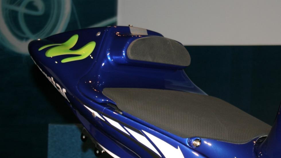 Yamaha-Lorenzo-colín