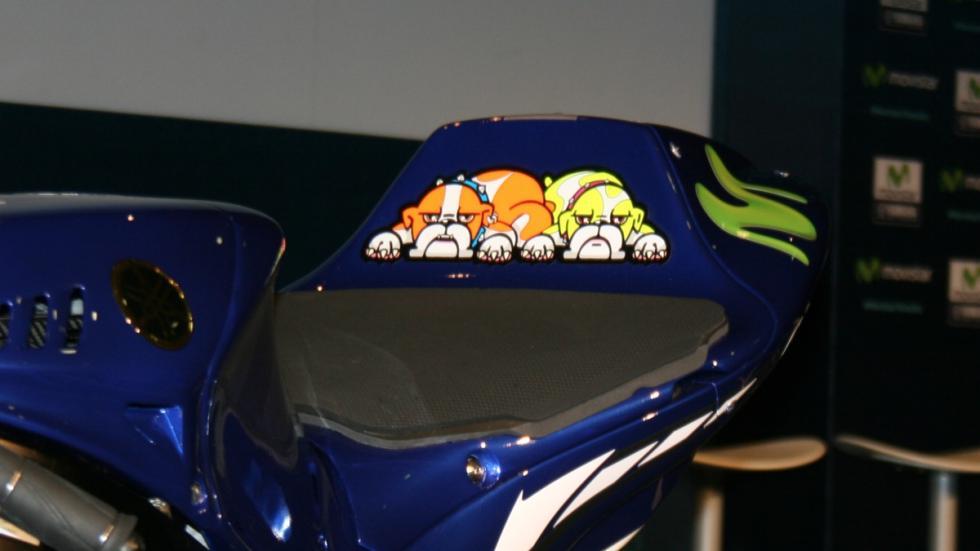 Yamaha-Rossi-colín