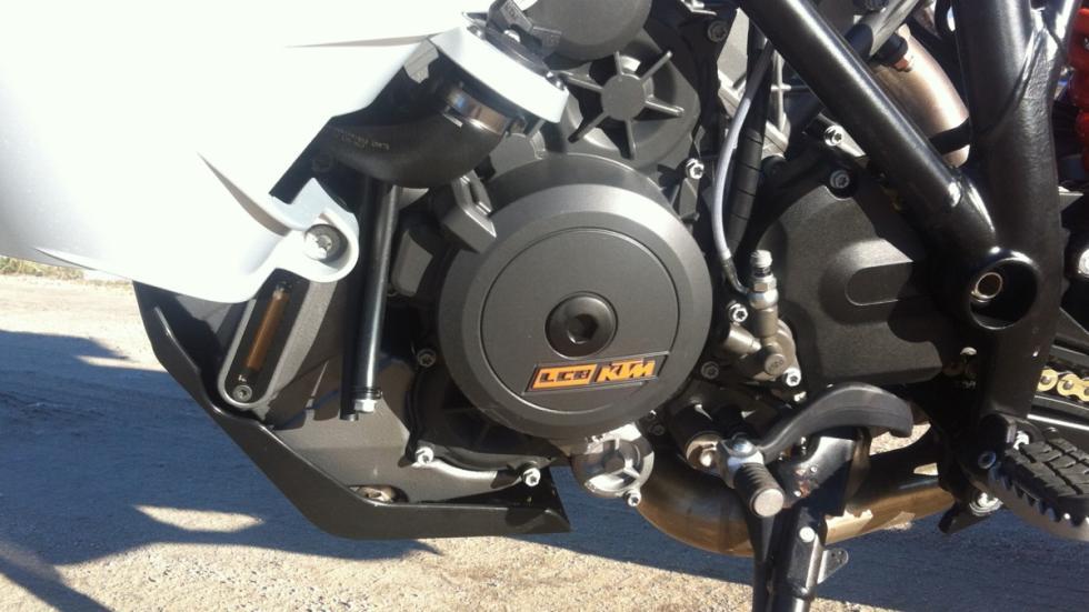 KTM-1190-Adventure-motor