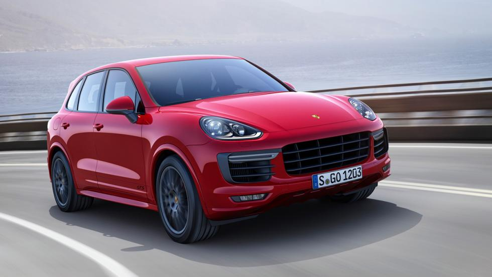 Porsche Cayenne GTS - Frontal en movimiento