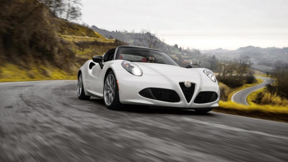 Alfa Romeo 4C Spider ras de suelo