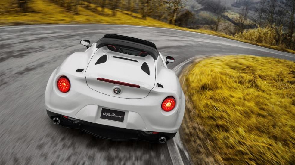 Alfa Romeo 4C Spider zaga