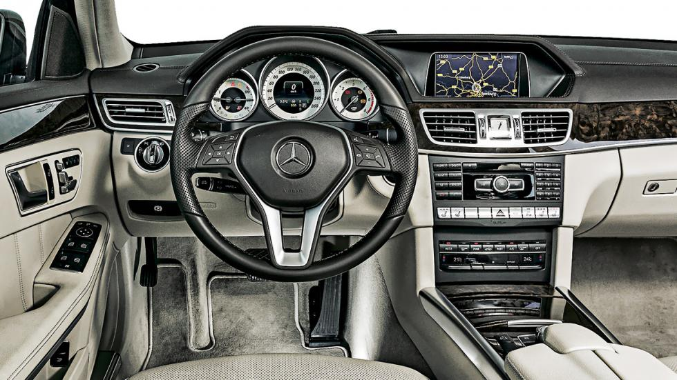 Mercedes E 350 BlueTec interior