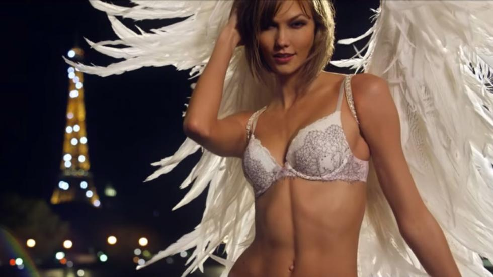Anuncios Victoria's Secret SuperBowl 2015 lenceria 3