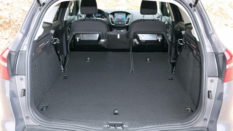 Ford Focus Turnier interior maletero máximo