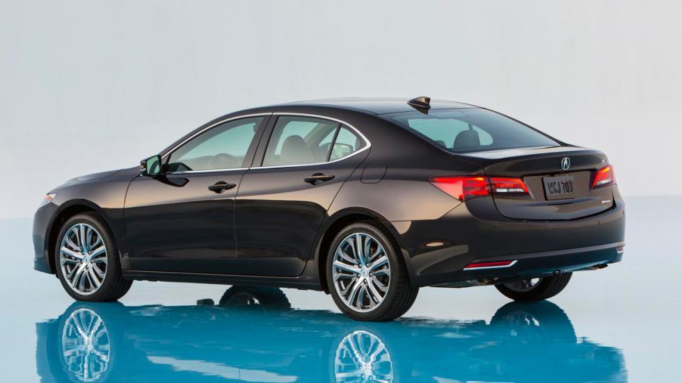 Acura TLX trasera