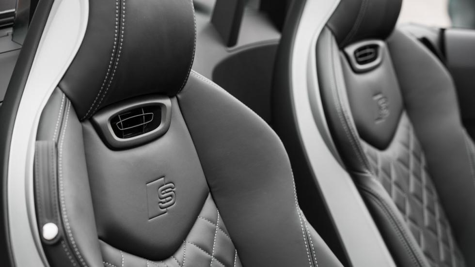 Audi TT Roadster asientos