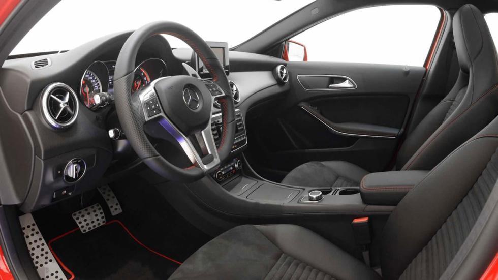 Mercedes GLA 220 CDI por Brabus interior