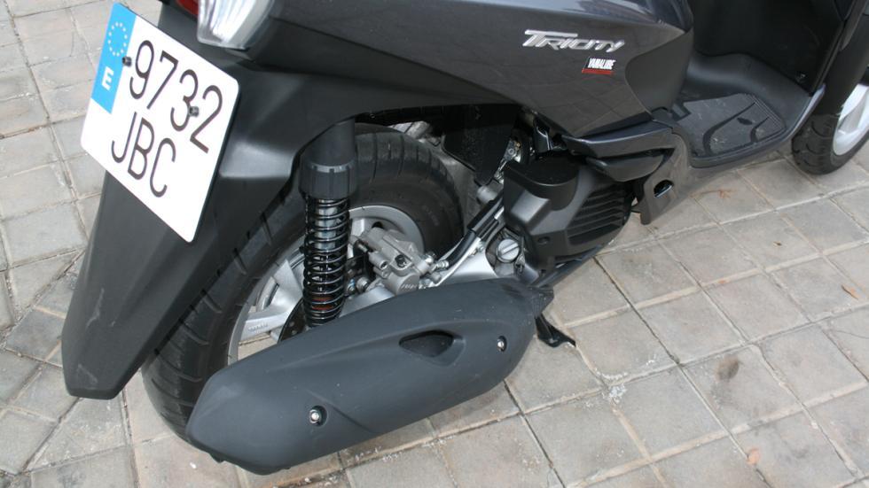 Yamaha-Tricity-125-suspensión