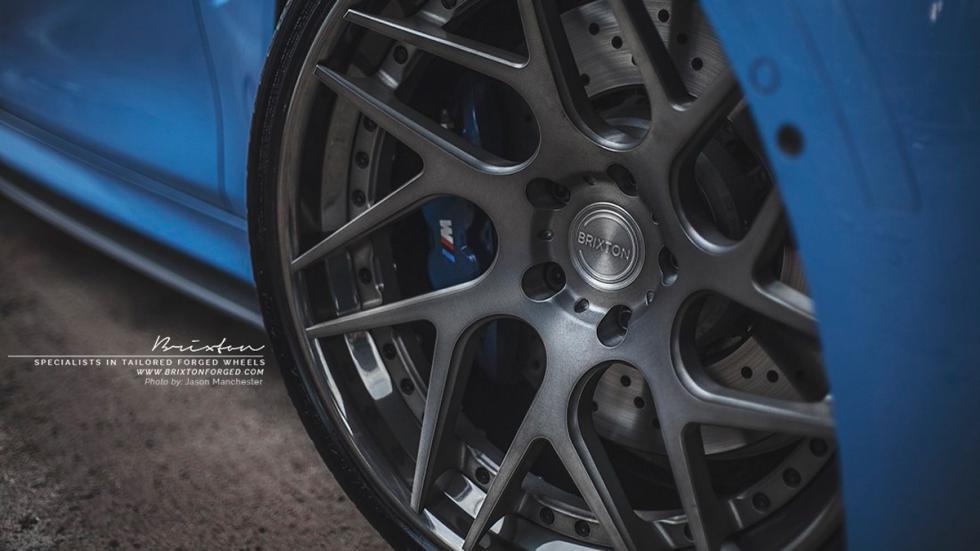 BMW M4 Yas Marina Blue llantas