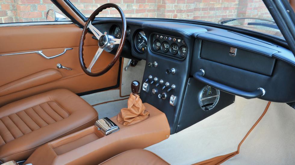 Lamborghini 400GT 2+2 interior