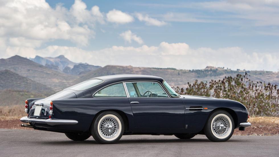 Aston Martin DB5 español