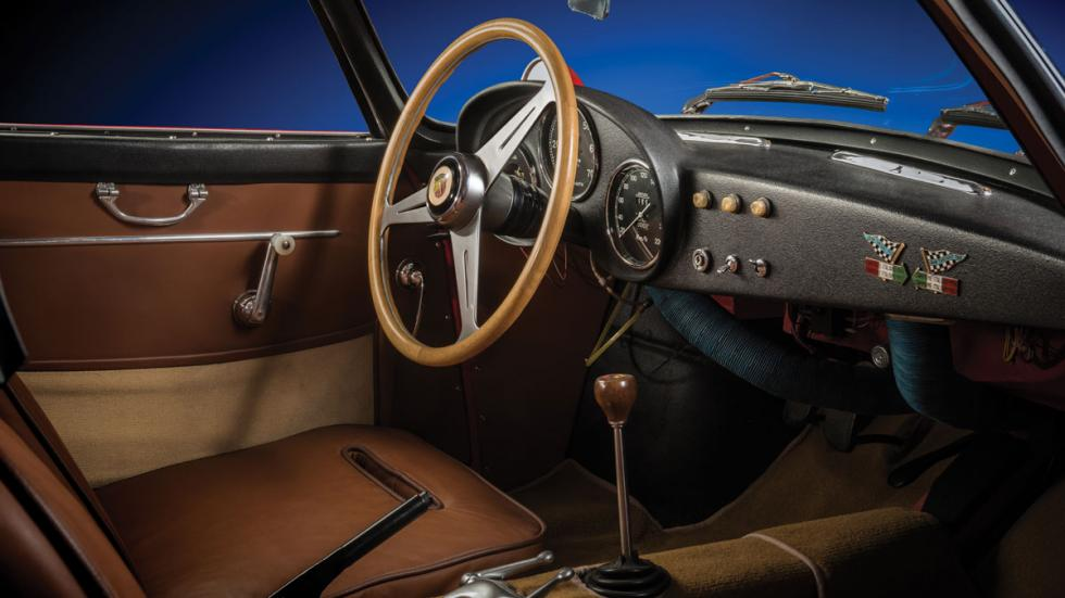 Fiat Abarth 750 Zagato interior