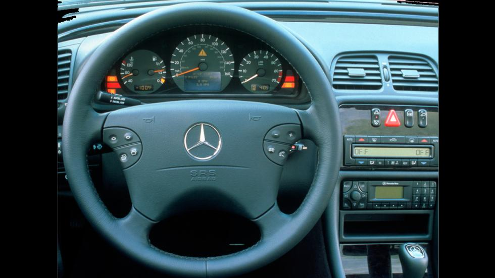 Mercedes CLK 430 interior