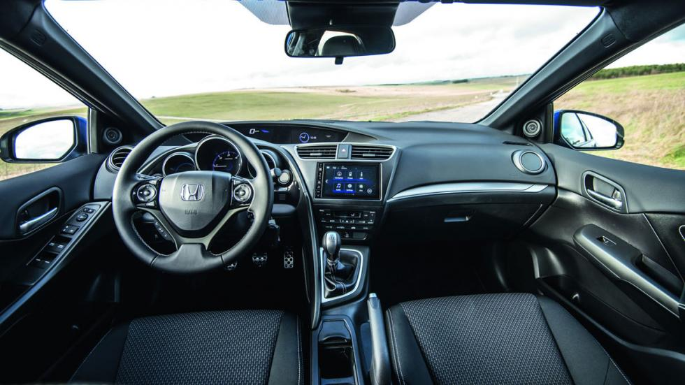Honda Civic 2015 interior