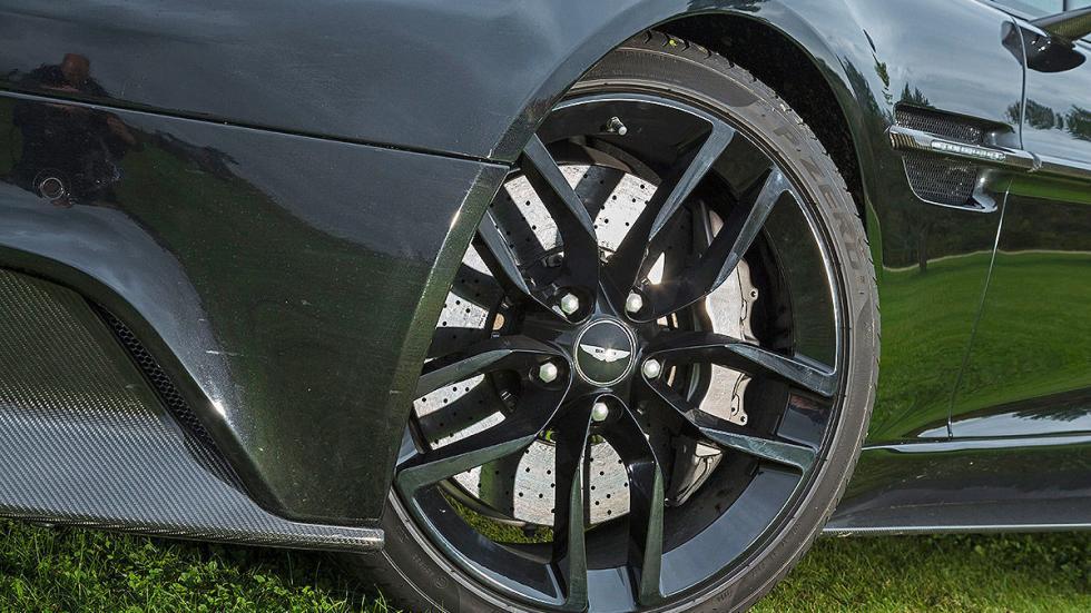 Aston Martin Vanquish detalle llanta