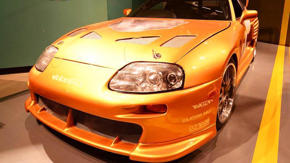 Toyota Supra Paul Walker morro en detalle