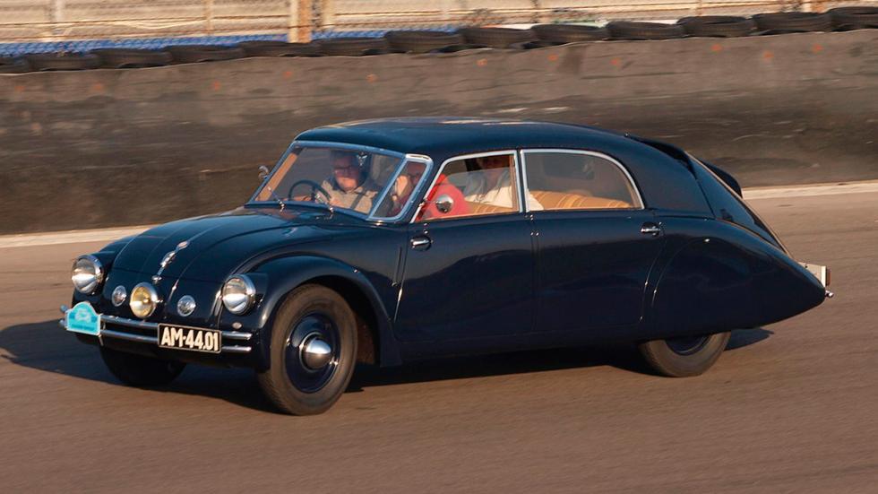 Tatra 77 A delantera