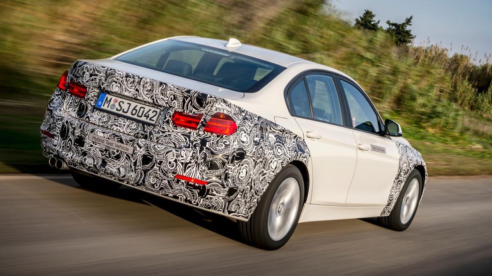El BMW Serie 3 Plug-in Hybrid tiene un motor de cuatro cilindros turbo, asociado