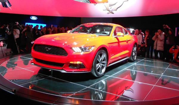 El nuevo Mustang estará disponible con dos motorizaciones.