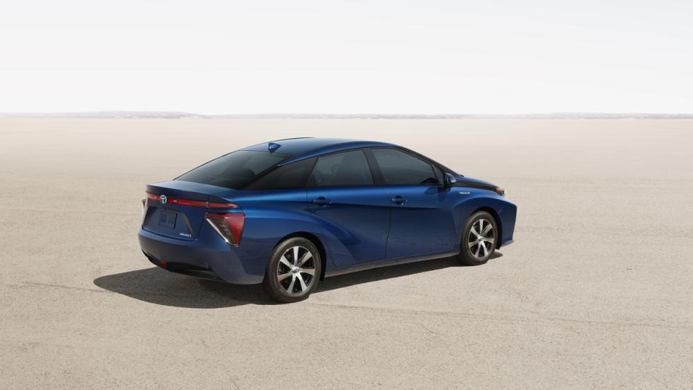 El Toyota FCV tiene un estilo propio y distinto de los demás coches de Toyota