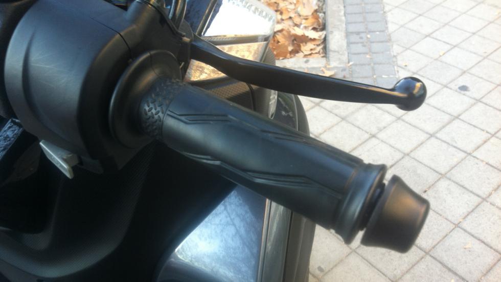 Arranque-en-frío-moto-acelerador