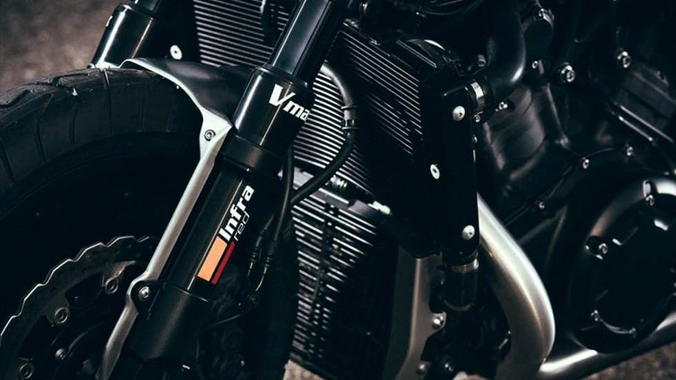 Yamaha-VMax-Infrared-JvB-horquilla