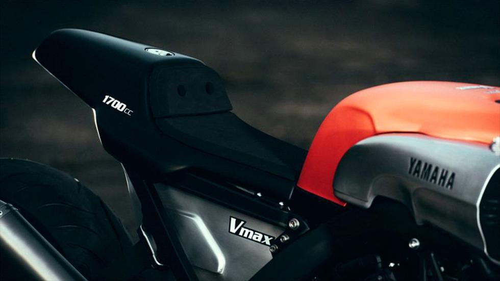 Yamaha-VMax-Infrared-JvB-Moto-depósito