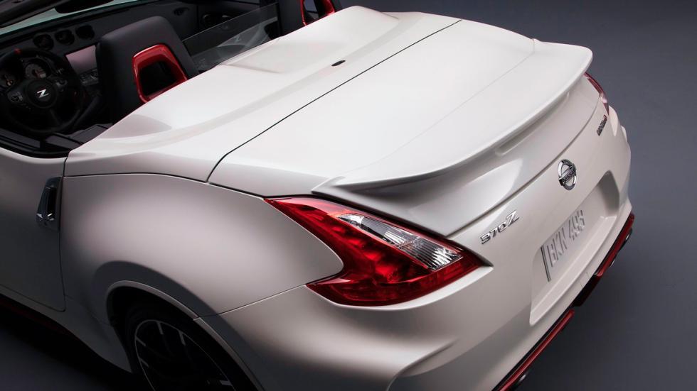 Nissan 370Z Nismo Roadster Concept faro trasero