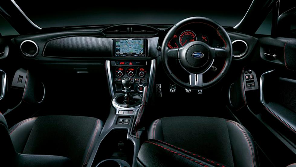 Interior Subaru BRZ 2015