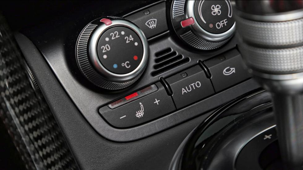 Audi R8 botones