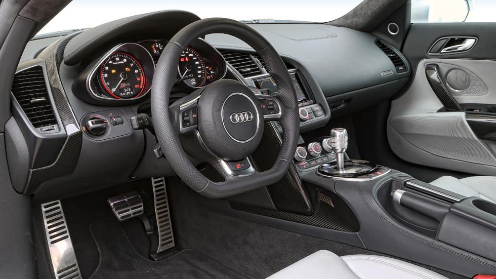 Audi R8 salpicadero