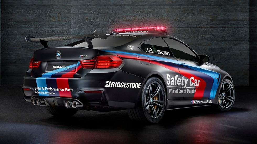 BMW-M4-Coupé-Safety-Car-MotoGP-2015