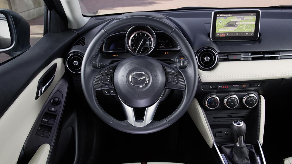 Interior del Mazda2 2015