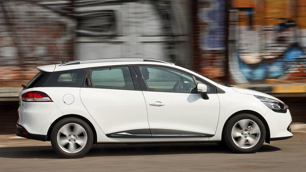 32: Renault Clio Grandtour 443 - 1380 litros