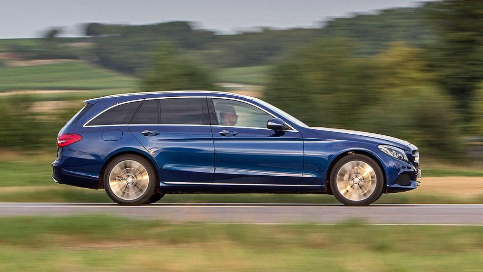 26: Mercedes Clase C Estate 490 - 1510 litros