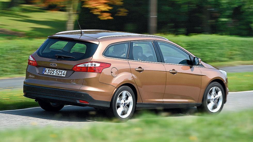 25: Ford Focus Turnier 490 -1516 litros