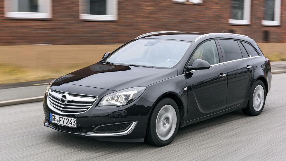 23: Opel Insignia Sportstourer 540 - 1530 litros