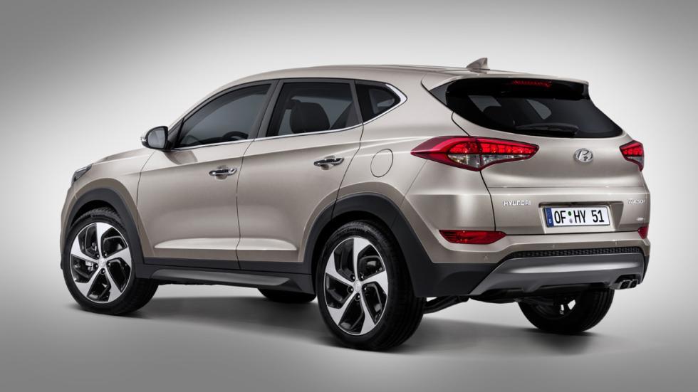 Hyundai-Tucson-2015-zaga