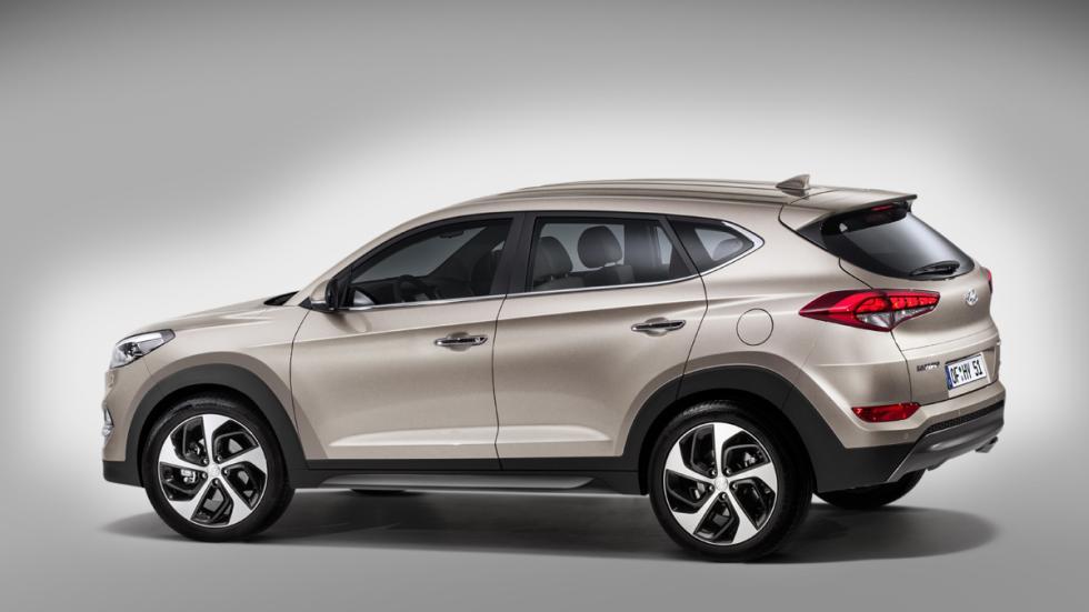Hyundai-Tucson-2015-trasera