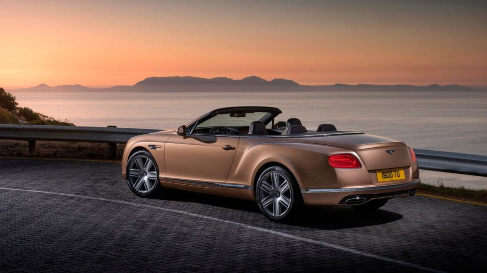 Bentley Continental GT Convertible 2015 trasera