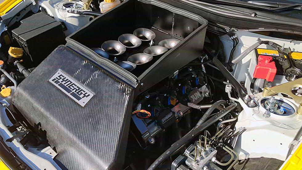 Subaru JUN Synergy capó motor