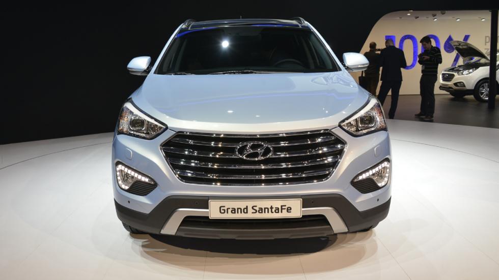 coches-luces-mas-deslumbran- Hyundai-gran-santa-fe-delantera